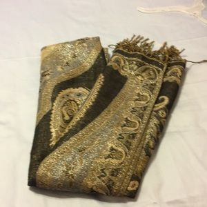Accessories - Ladies beautiful scarves black and gold color .